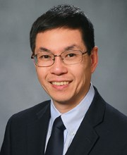Song Tan awarded Faculty Scholar Medal for Outstanding Achievement